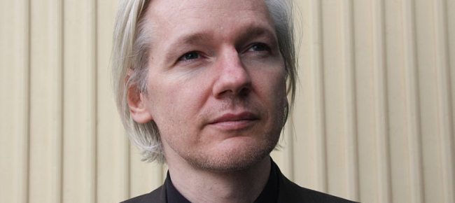 "PLEASE TAKE NOTE! ""Facebook Is a Spy Machine!"" – Julian Assange"